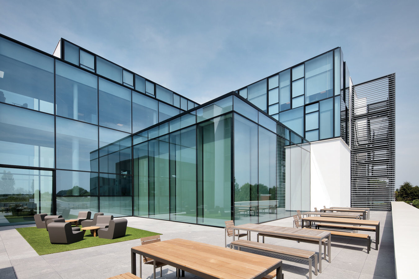 Reynaers Campus - Experience Centre with MasterLine 8 windows