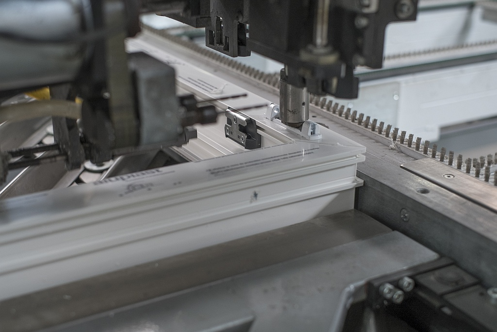 Vinyl frame production